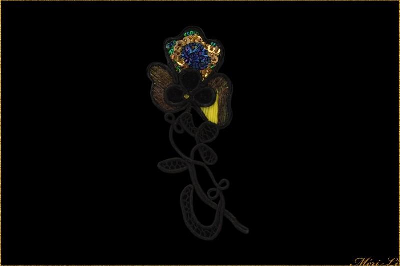 19 ème siècle broderie perle paillette facile à porter grande broche bijou